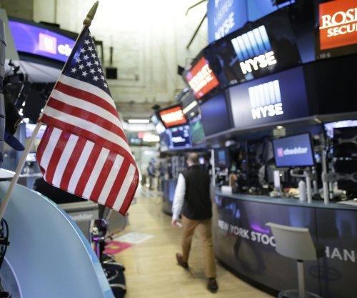 Gallup: U.S. investors optimistic about finances, economy