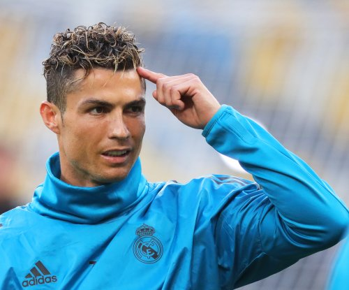Cristiano Ronaldo hits cameraman in face with shot during Real Madrid practice