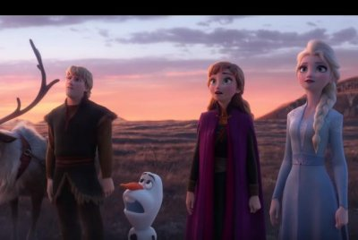 'Frozen 2': Elsa, Anna find enchanted forest in new trailer