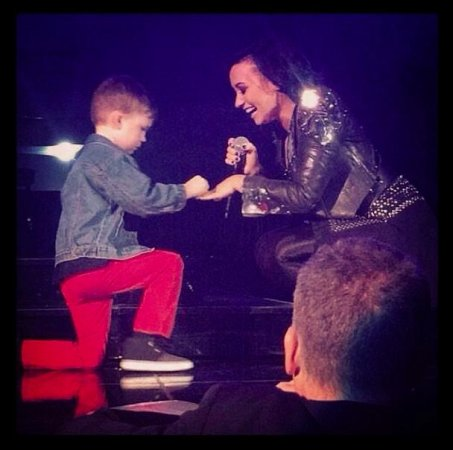 Demi Lovato announces 'engagement' to 5-year-old fan