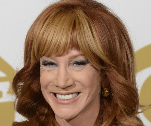 Kathy Griffin confirmed to host 'Fashion Police'