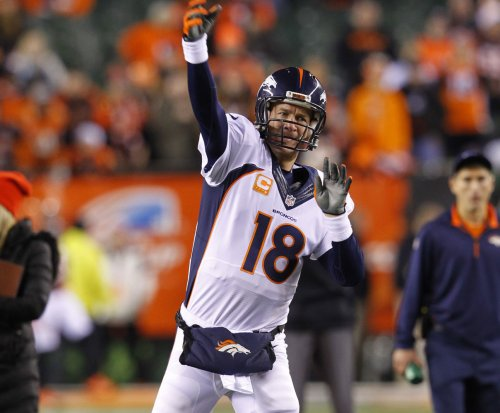 Report: Peyton Manning played with torn quad during playoffs