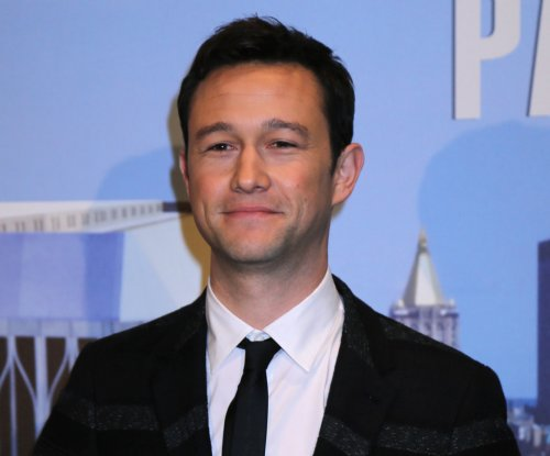 Joseph Gordon-Levitt, Seth Rogen to appear on 'Lip Sync Battle' holiday special