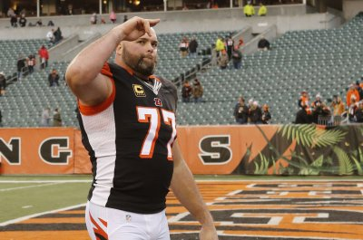 Tackle Andrew Whitworth makes Greg Robinson expendable on Los Angeles Rams O-line