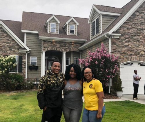 Minnesota Vikings first-round pick Mike Hughes buys home for mother