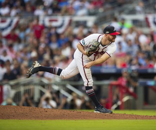 Braves release relief pitcher Jonny Venters