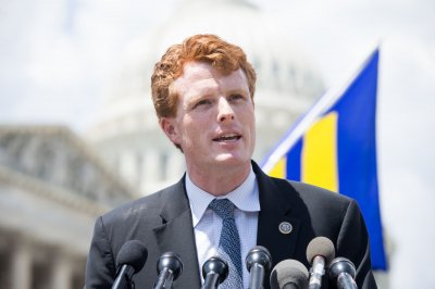 Mass. Rep. Joe Kennedy to challenge Senate incumbent