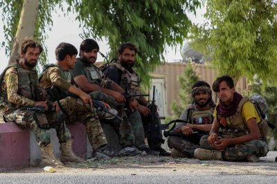 U.S. plans to continue Afghanistan airstrikes if Taliban attacks don't stop
