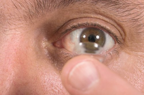 CDC: Contact lenses to blame for a million eye infections each year