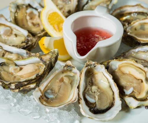 Eating raw oysters carries risk of human norovirus