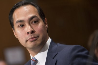 Clinton possibly eyes HUD's Castro as VP after endorsement