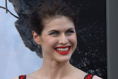 Paramount considers Alexandra Daddario, Nina Dobrev for 'Baywatch' lead