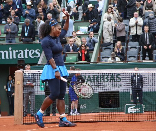 French Open: Serena Williams moves into final