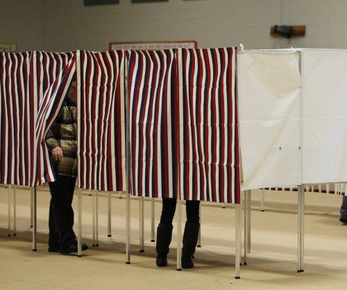 Homeland Security notifies 21 states targeted by Russian election hacking