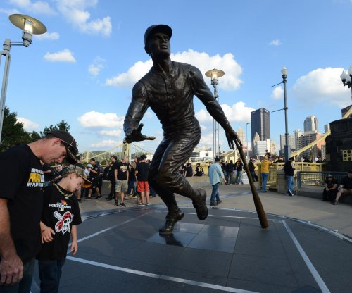 On This Day: Roberto Clemente dies in plane crash