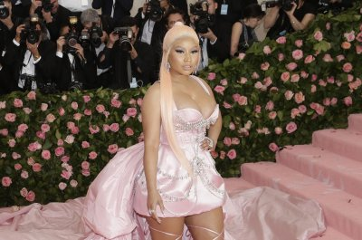 Nicki Minaj plays Wheel of Freestyle on 'Tonight Show'