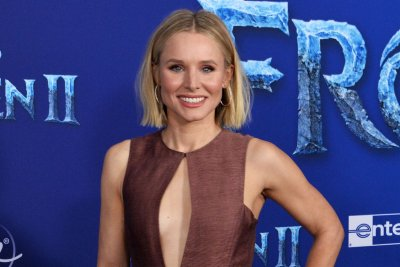 Kristen Bell says 'Frozen 2' has 'matured with its audience' on 'Kimmel'