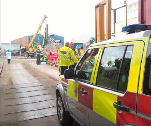 Five men killed in England when 15-foot wall collapsed at recycling center