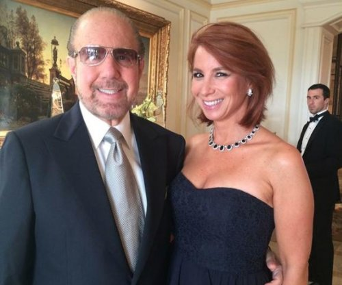 Jill Zarin mourns husband Bobby's death: 'I will never forget you'