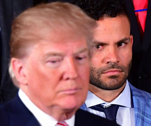 Jose Altuve joins Astros at White House, Carlos Correa and two teammates skip event