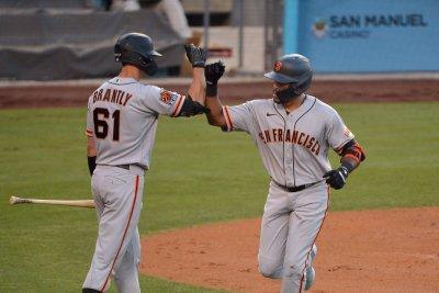 San Francisco Giants trade veteran catcher Rob Brantly to New York Yankees