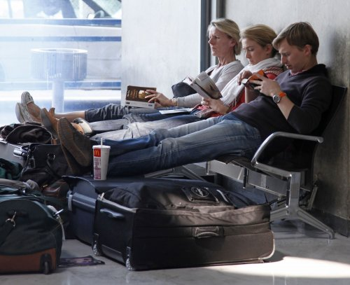New rules for airline passenger delays