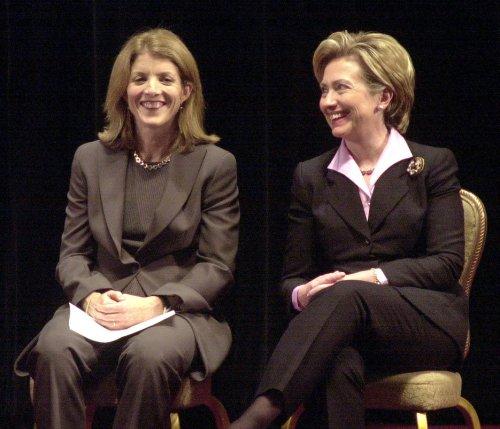 Caroline Kennedy wants Hillary Clinton to run in 2016