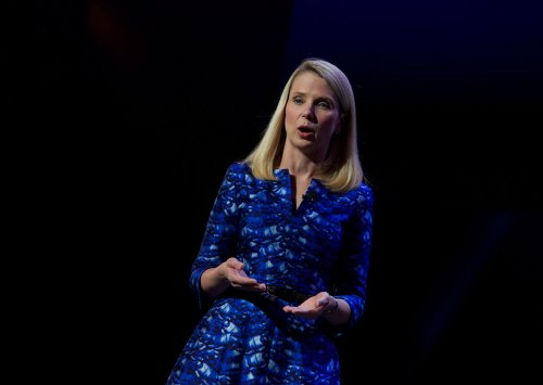 Yahoo quarterly results disappoints market, reflects dropping sales