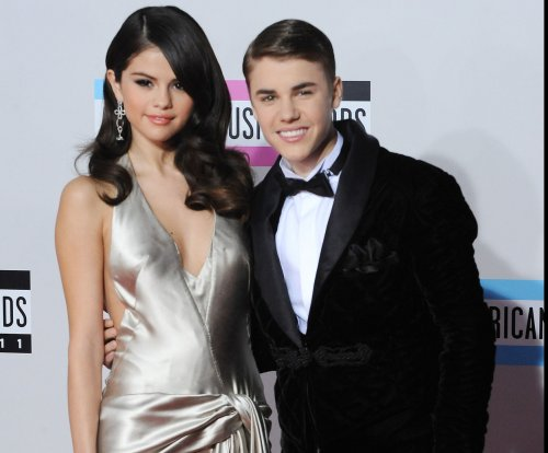 Justin Bieber discusses 'maybe' getting back with Selena Gomez, nude photos