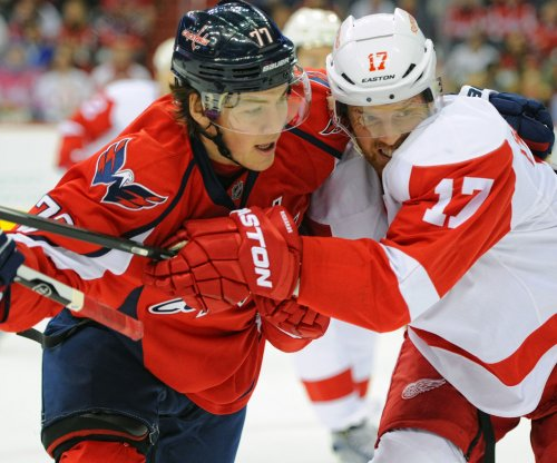 Washington Capitals slip past Detroit Red Wings in shootout