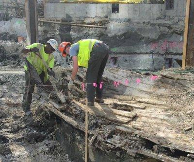 Boston building crew uncovers 19th century shipwreck at seaport