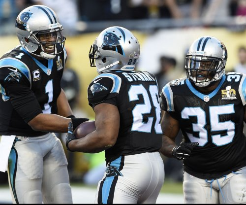 Carolina Panthers hold off Arizona Cardinals to snap 4-game losing streak