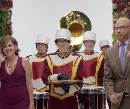 Will Ferrell, Molly Shannon to host the Rose Parade for Amazon