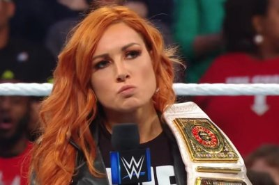 WWE Smackdown: Asuka, Charlotte Flair get title match with Becky Lynch