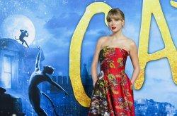 Taylor Swift's 'Evermore' tops U.S. album chart
