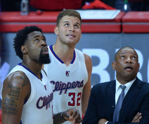 Los Angeles Clippers crush Houston Rockets