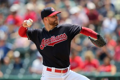 Bases-loaded HBP lifts Cleveland Indians to ninth-straight win