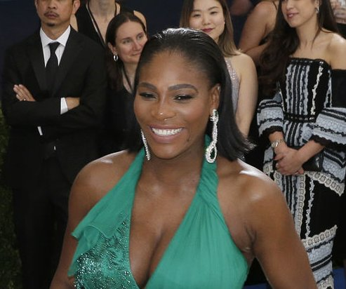 Serena Williams gives birth to a daughter