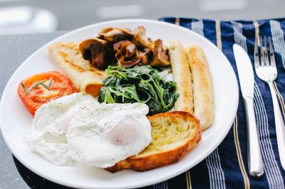Big breakfast may help reduce body weight, study says
