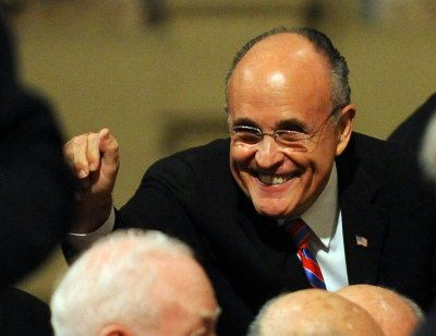 Gingrich tabs Giuliani for N.Y. governor