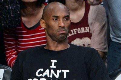 #MambaOut: Kobe Bryant ends emoji battle about DeAndre Jordan