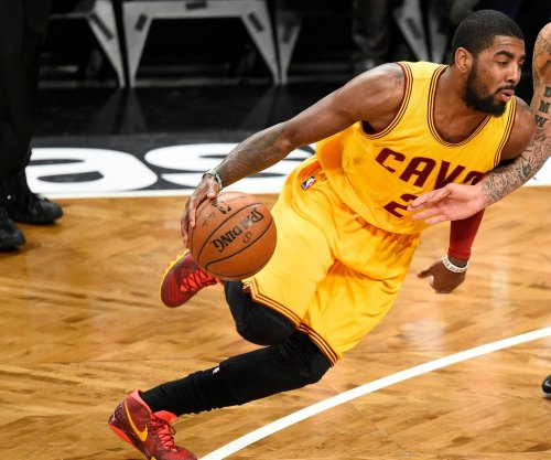 Kyrie Irving, LeBron James carry Cleveland Cavaliers past Sacramento Kings