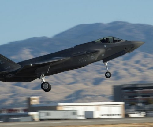 Lockheed awarded contract for integration of F-35, SDB-II