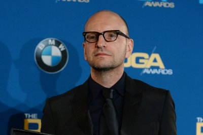 Steven Soderbergh producing 'Now Apocalypse' comedy for Starz