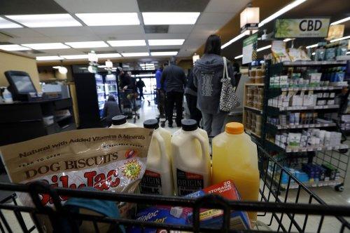 Instacart shoppers to strike for better protection against coronavirus