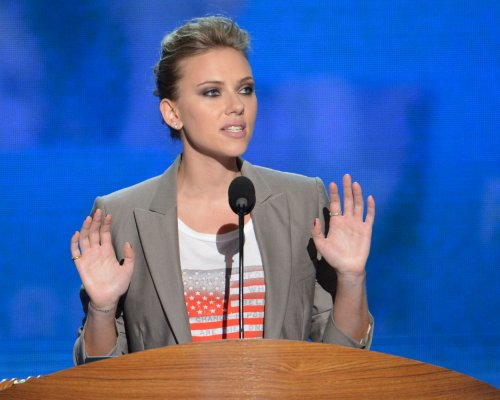 Johansson to play Maggie in 'Tin Roof'