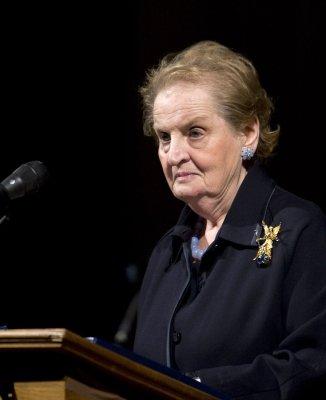 Albright: No Iraq troop withdraw deadline