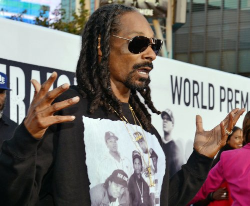 Petition to have Snoop Dogg narrate 'Planet Earth' skyrockets