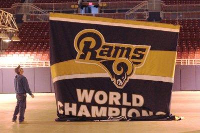 Mock NFL Draft: Rams roll dice with quarterback Carson Wentz