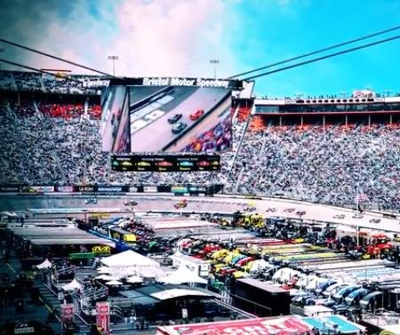 NASCAR headed for a colossal showdown at Bristol